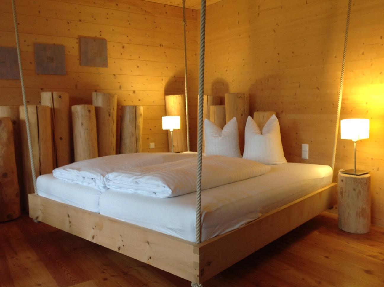 Baumhaus-Suite im Mondholzhotel Forsthofalm, Tirol, Östereich, Foto IK